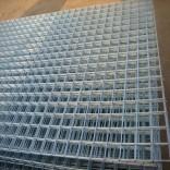 供应卓泰电焊网片 镀锌电焊网片 黑铁丝电焊网片