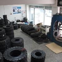 装载机轮胎、叉车轮胎