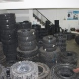 实心轮胎、工程车轮胎