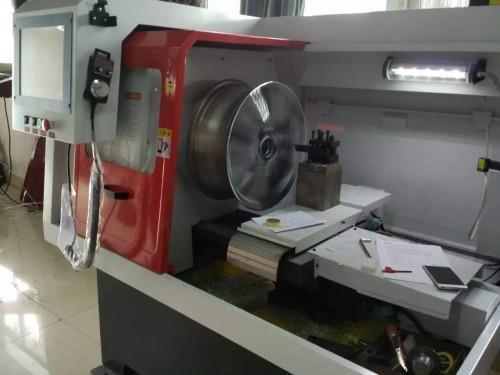 格拉思 面向全国供应专业的汽车轮毂修复设备