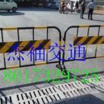 东莞黑黄铁马施工护栏交通 广州厂家直销移动铁马护栏 防撞铁马
