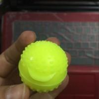 新推出空心浮水洗水球炒花球压皱硅胶垫