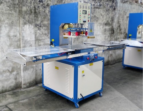 东莞永佳新款左右滑台高周波熔接机,高频吸塑熔接包装机。