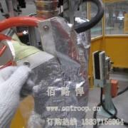 为什么要选择焊钳机器人防护服?